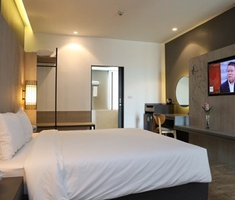 Direct booking Miracle Suvarnabhumi Airport Hotel